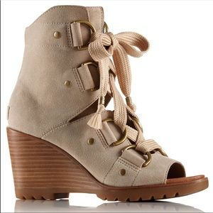 Sorel | After Hours Wedge Lace Up Booties Size 9